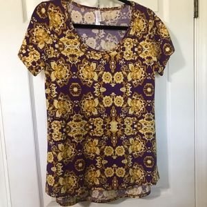 LuLaRoe Classic T, Size S, Made in USA!